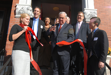 Mayor Menino cuts ribbon for housing for homeless in Roxbury
