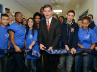 Mayor Walsh Ribbon Cutting (200)
